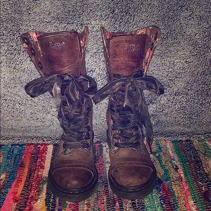 Doc Martin Triumph Combat Boots
